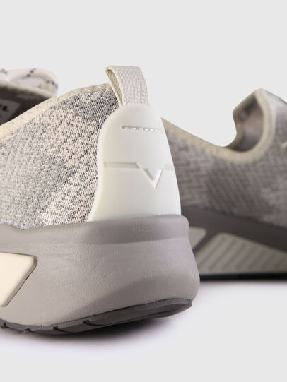 Diesel - S-KBY, Gris - Sneakers - Image 6