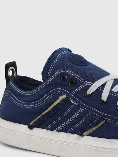 Diesel - S-ASTICO LOW LACE, Azul - Sneakers - Image 4