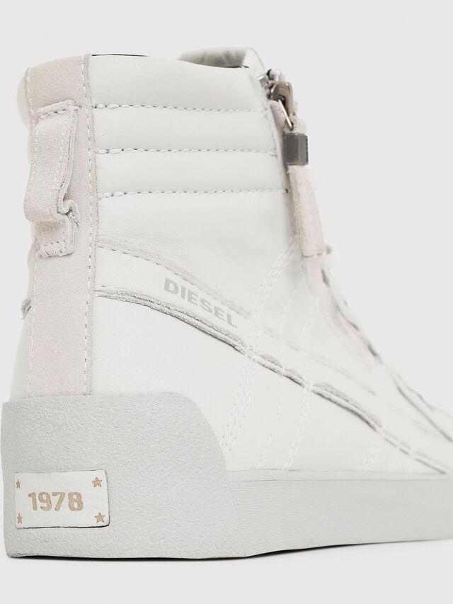 Diesel - D-STRING PLUS, Blanco - Sneakers - Image 4
