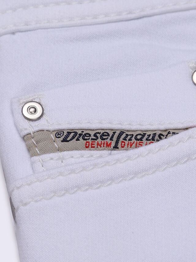 Diesel - TEPPHAR-J-N JOGGJEANS, White Jeans - Vaqueros - Image 4
