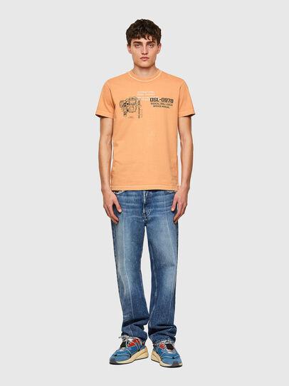 Diesel - T-DIEBIND-B1, Naranja - Camisetas - Image 4