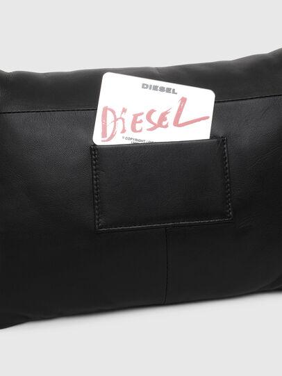 Diesel - REBUTYA M, Negro - Clutches - Image 5