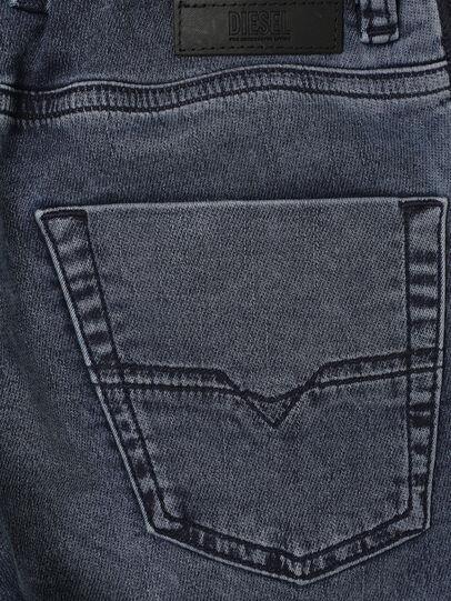 Diesel - KROOLEY-J SH JOGGJEANS, Azul medio - Shorts - Image 4