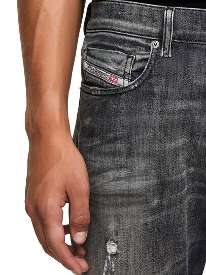 Diesel - D-Strukt JoggJeans® 09B54, Negro/Gris oscuro - Vaqueros - Image 3