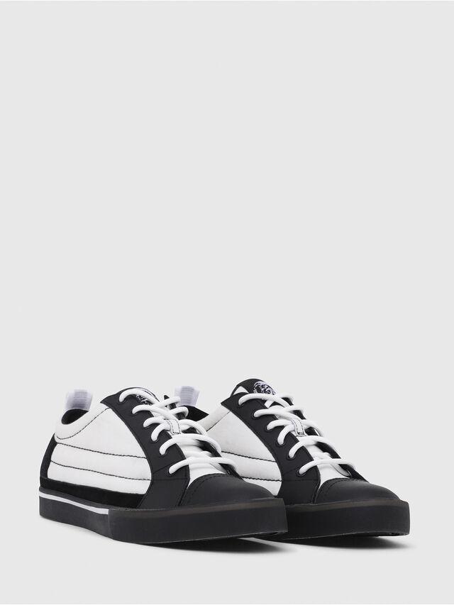 Diesel - D-VELOWS LOW PATCH, Negro/Blanco - Sneakers - Image 2