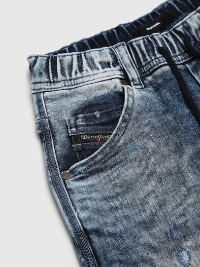 Diesel - KROOLEY-NE-J SH, Azul Claro - Shorts - Image 3