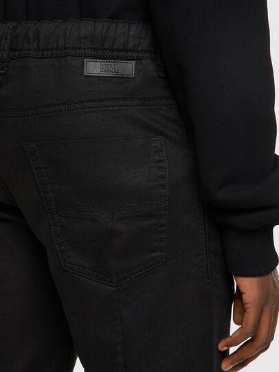 Diesel - D-KROOSHORT JOGGJEANS, Negro/Gris oscuro - Shorts - Image 4