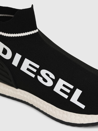 Diesel - SLIP ON 03 LOW SOCK, Negro - Calzado - Image 4