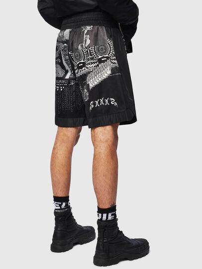 Diesel - P-KUMI-PRINT-A, Negro - Shorts - Image 2