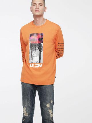 T-LARGE-X,  - Camisetas