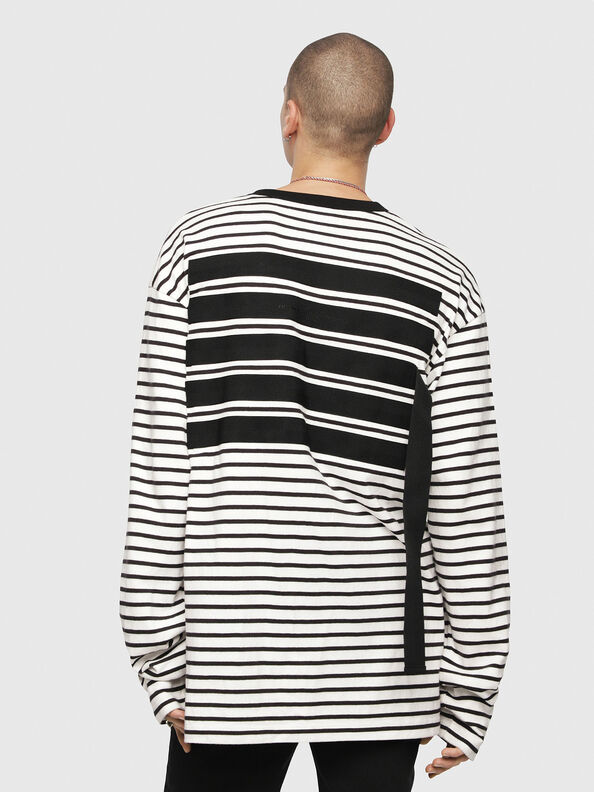 T-DAICHI,  - Camisetas