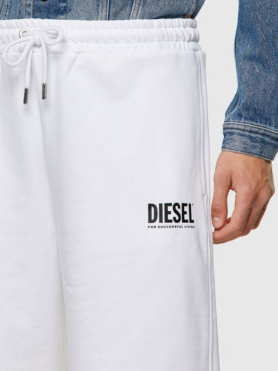 Diesel - P-CROWN-ECOLOGO, Blanco - Shorts - Image 3