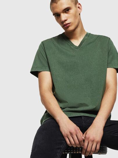 Diesel - T-THEA, Verde Oscuro - Camisetas - Image 4