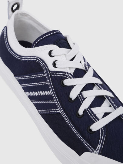 Diesel - S-ASTICO LOW LACE, Azul/Blanco - Sneakers - Image 5