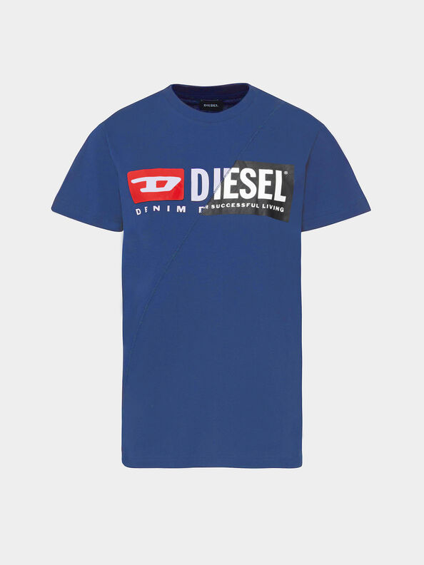 https://es.diesel.com/dw/image/v2/BBLG_PRD/on/demandware.static/-/Sites-diesel-master-catalog/default/dwdc4f16f8/images/large/00SDP1_0091A_8MG_O.jpg?sw=594&sh=792