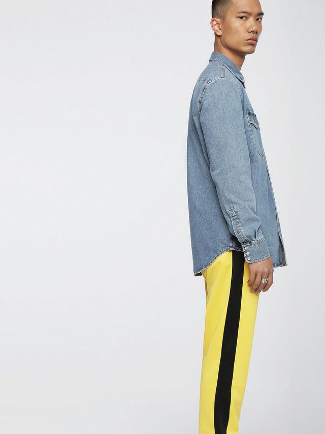Diesel - D-ROOKE, Blue Jeans - Camisas de Denim - Image 3
