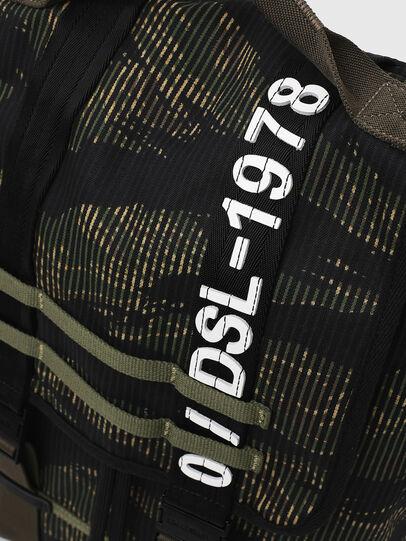 Diesel - VOLPAGO BACK, Verde/Negro - Mochilas - Image 6