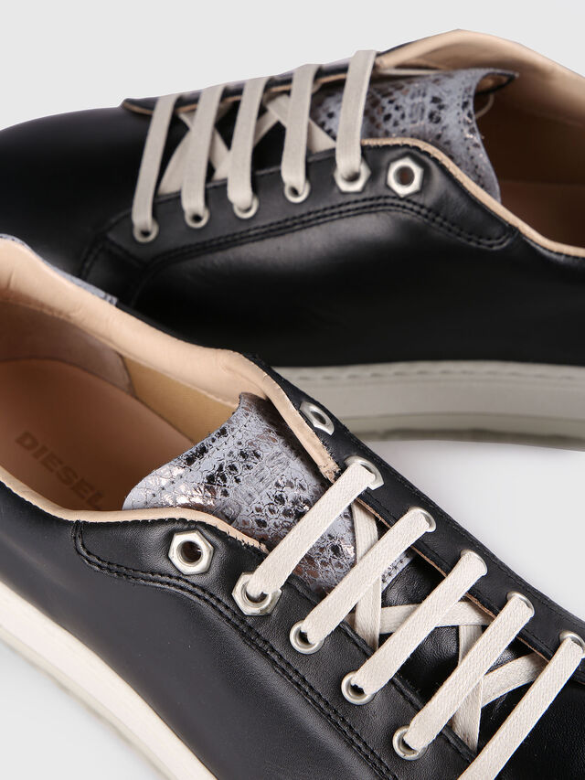 S- ANDYES W, Negro/Gris