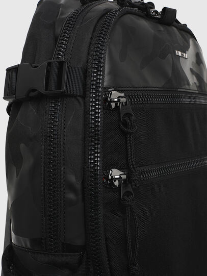 Diesel - F- URBHANITY BACK, Azul/Negro - Mochilas - Image 3