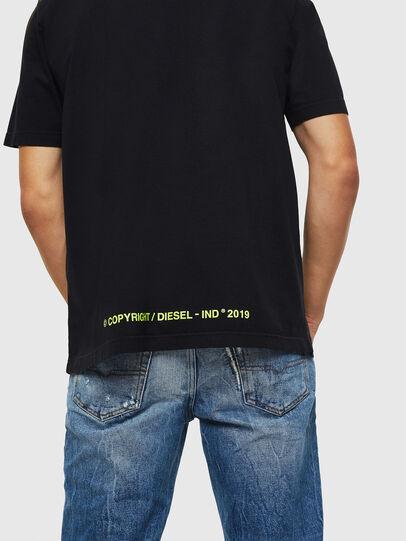 Diesel - T-DIKEL, Negro - Camisetas - Image 4
