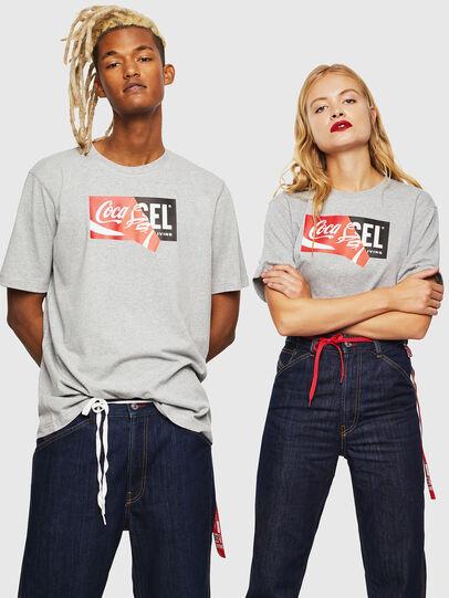 Diesel - CC-T-JUST-COLA, Gris - Camisetas - Image 6