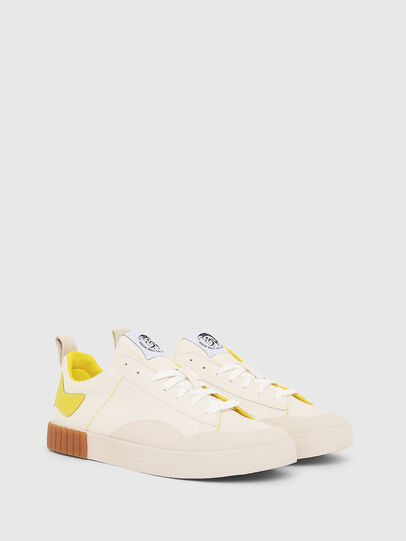 Diesel - S-BULLY LC, Blanco/Amarillo - Sneakers - Image 2