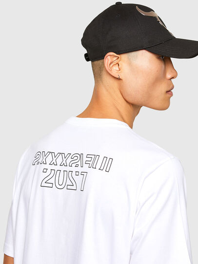 Diesel - CL-T-JUST-O1, Blanco - Camisetas - Image 5