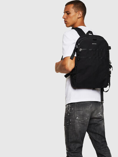 Diesel - F- URBHANITY BACK, Negro - Mochilas - Image 7