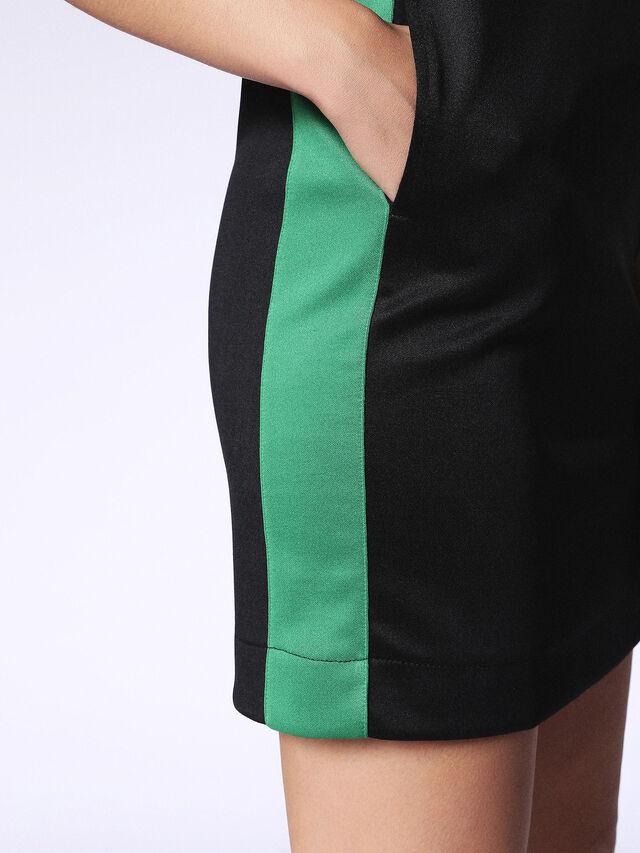 D-ITE-A, Negro/Verde