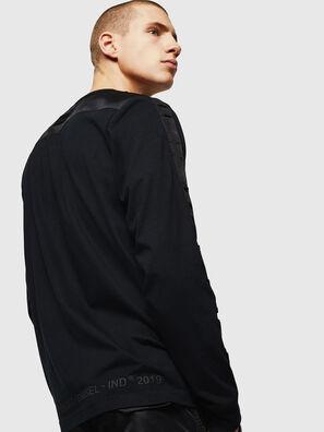 T-JUST-LS-BX3, Negro - Camisetas