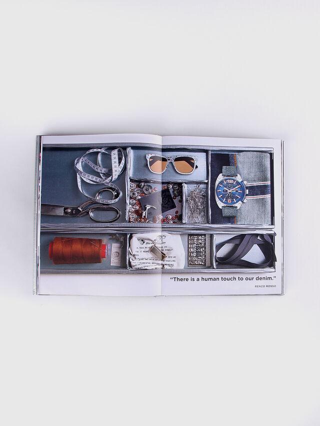 Diesel - Radical Renaissance 55+5 (signed by RR), Gris - Libros - Image 7