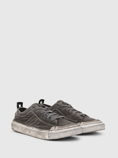 Diesel - S-ASTICO LOW LACE, Gris oscuro - Sneakers - Image 2