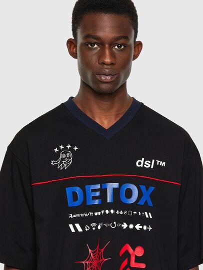 Diesel - T-DELPHIVY-SLITS, Negro - Camisetas - Image 3