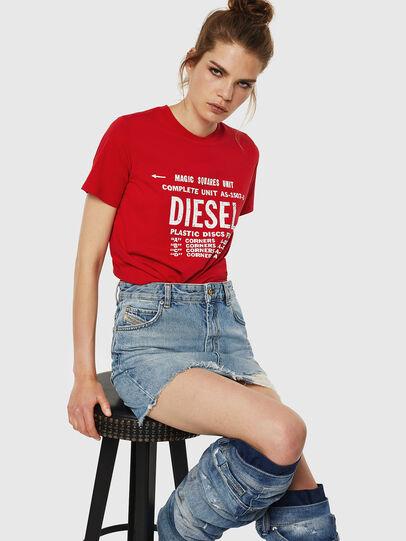 Diesel - T-SILY-ZF, Rojo Fuego - Camisetas - Image 4