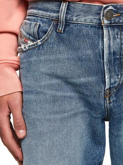 Diesel - D-Kras 09A24, Azul medio - Vaqueros - Image 2