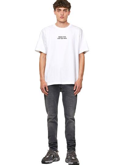 Diesel - T-TUBOLAR-B3, Blanco - Camisetas - Image 4