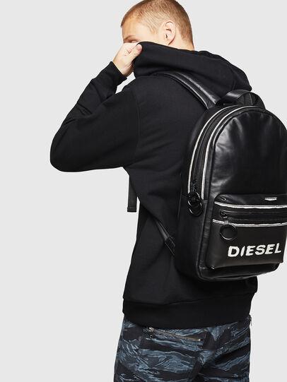 Diesel - ESTE, Negro/Blanco - Mochilas - Image 6